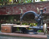 Antique 1888 Willcox & Gibbs Sewing Machine