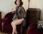 Vintage 1950s Lingerie - VANITY FAIR Leopard Print Short Peignoir Robe with Black Trim and Unique Loop Closures