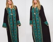 Vintage 80s ETHNIC Caftan EMBROIDERED Bedouin Dress Boho Maxi Dress Hippie Dress Middle Eastern Tribal Dress