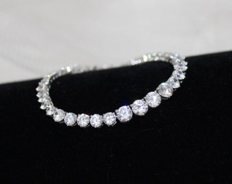 Crystal Bridal bracelet, Tennis Bracelet, Wedding bracelet, Diamond tennis bracelet, CZ bracelet, Classic bracelet, Bridal jewelry, Simple
