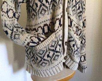 ON SALE -> Vintage Geometric Pattern Grandma Sweater