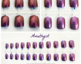 Duochrome Short Fake Nails, Active Length Nails in Your Choice of Colors, Color Shift, Color Changing Nails