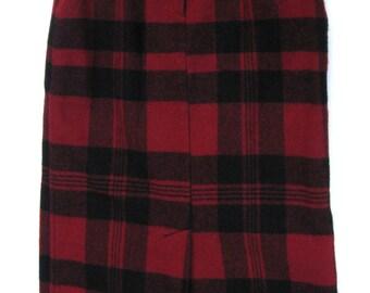 sz 8 HIGHLANDER maxi KILT, FRINGED bottom, Red and Black Plaid tartan Wool skirt by Woolrich, red wool plaid red plaid skirt Holiday skirt