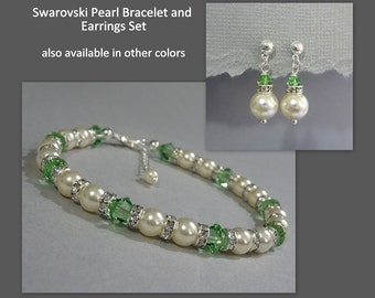 Light Green and Ivory Bridesmaid Bracelet and Earrings Set, Light Green Bridesmaid Jewelry Set, Peridot Wedding Jewelry Set, Bridesmaid Gift