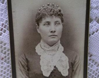 Antique CDV Photo-Pretty Lady-Fashion Dress-Hair Comb-Crown-Jewelry