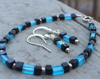 Beaded jewelry set, black and blue crystal beaded bracelet, earrings, beaded bracelet, beaded earrings