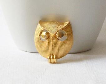 Vintage Owl Brooch, Small owl brooch,