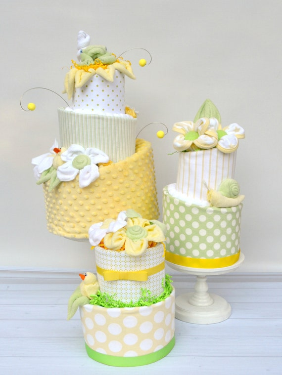 Diaper Cake Decor, Diaper Cake Centerpieces, Neutral Baby Shower Decor, Shower Centerpiece Neutral, Shower Decor Neutral, Yellow Shower
