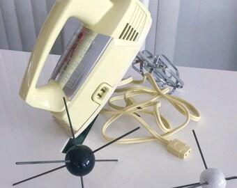 Fantastic Vintage GE Mid Century Hand Mixer in Pale Yellow -- Vintage Kitchen
