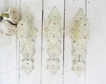 Shabby Cottage Hooks, Ornate Hooks, Vintage Inspired, Fancy Knobs, Towel Hooks, Coat Hooks, French Cottage, Paris Apartment, Organization