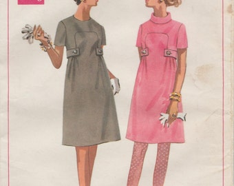 Butterick 4872 / Vintage 60s Sewing Pattern / Dress / Size 12 Bust 34