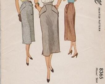 McCall 8365 / Vintage 50s Sewing Pattern / Skirt / Waist 26