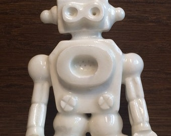 ROpot amBOT retro robot action figure --- ghost white droid toy sculpture