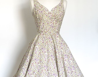 Lilac Ditsy Floral Cotton Sweetheart Tea Dress with Circle Skirt