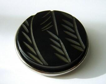 Vintage Tested Bakelite Dress Clip - Scarf Clip - Carved - Palm leaves - Black - Geometric
