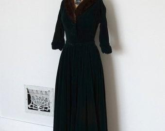 Vintage 1950s Dress - 50s Velvet Gown - The Charlotte