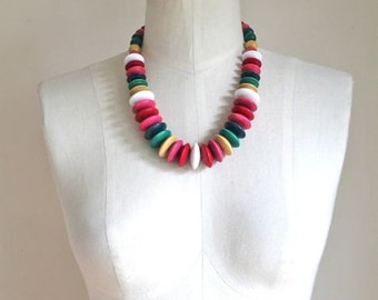 vintage beaded necklace - SWEET as CANDY wooden bead necklace