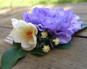 Flower Hair Comb / flower hairpiece / Purple Ranunculus with Yellow Flowers / Festival hair accessory / Floral Hair Comb
