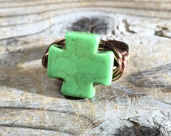 size 8.25 , 8 1/4 lime green Howlite stone crossa ntique copper wire wrapped ring size men women unisex jewelry colorful wrap gemstone