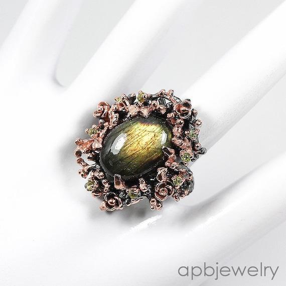 Natural 93 TCW Labradorite, Peridot gemstones, Black Rhodium, 14kt Rose Gold Ring Size 7