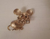 Vintage / AVON MOUSE BROOCH / Articulated / Rhinestones / Gold / Designer Signed / Animal / Critter / Rodent / Retro / Statement / Accessory