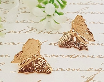 Women Gift, Butterfly Earrings, Gold Butterfly Stud earrings, Butterfly Wings Posts ,Butterfly Stud Earrings,Gentle Gold Butterfly Earrings