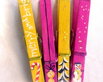 PAINTED CHRISTMAS CLOTHESPINS  hot pink yellow glitter snow covered trees candy canes snowman ornament magnets