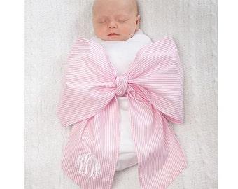 Monogrammed Swaddle blanket, swaddle bow, newborn photos, seersucker swaddle, baby boy, baby girl, newborn, baby shower gift,