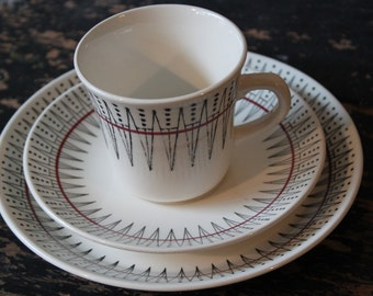 Egersund Norway / ZigZag / Cup, saucer and plate / Red