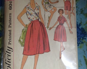 Vintage Simplicity 3008 Playsuit, Separates, Skirt, Blouse, Shorts Summer Wardrobe Sewing Pattern 35 Inch Bust