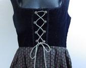 German ladies Authentic Oktoberfest Dirndl dress size L