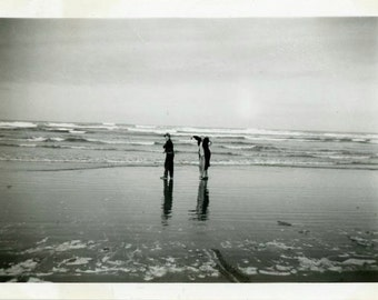 "Vintage Photo ""Early Morning Beachcombers"" Beach Snapshot Old Antique Photo Black & White Photograph Found Paper Ephemera Vernacular - 111"