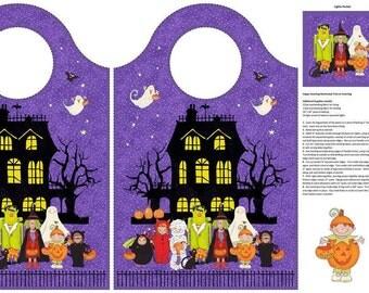 Northcott. Happy Halloween. Treat Bag Panel - 2/3 yard panel