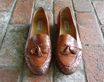 Vintage Mens 9 Alfani Italian Woven Kiltie Loafers Brown All Leather Braided Slip On Dress Shoes Oxfords Designer Preppy Summer Fashion Boho