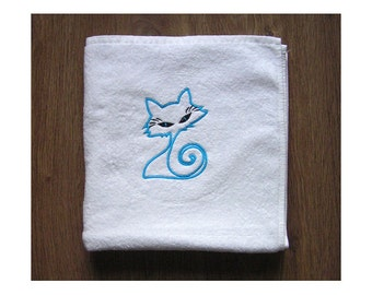 Cat - Embroidered bath towel
