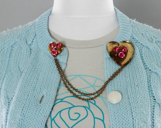 Vintage Sweater Clip Gold Heart Pink Rhinestones Double Brooch | 1950s 60s Collar Clip Retro Sweaterclip Sweater Guard Cardigan Chain Jumper