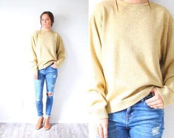 Vintage Holliday metallic gold sweater // christmas sweater // winter sweater // gold glittery jumper // Small medium glitter sweater boho