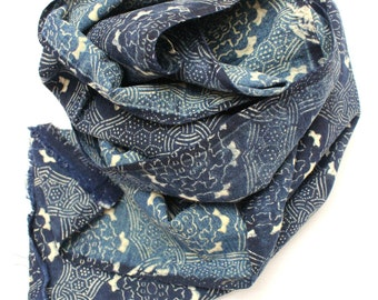 Reversible Antique Indigo. Hand Loomed Japanese Katazome Cotton. Aizome. Geometric Floral Stencil Design. Scarf, Table Runner (Ref: 1243B)
