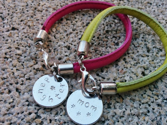 Mother and daughter,mother bracelet,mom and girl,couple bracelet,family bracelet,mother and son,father and son,mother jewelry,twin bracelets