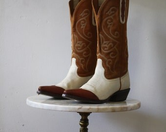 Cowboy Boots Two-Toned - 7.5 Women's - Leather Brown White - 1980s Vintage