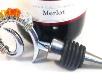 SALE! Chicago Blackhawks Beaded Wine Stopper, Wine Topper, Hostess Gift, wine lover, Swiddles, Gifts under 20 Dollars