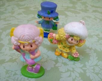 Vintage Strawberry shortcake small figures 3 pieces toys 1970's