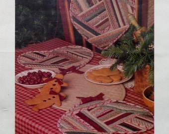 Thimbleberries HOLIDAY HEARTS Table Runner And Chair Pad - Applique Quilt Pattern Template