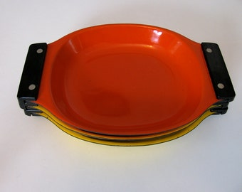 Cathrineholm Mid Century Modern Set of 3 Serving Trays, Cathrineholm Orange and  Yellow Enamel Plates