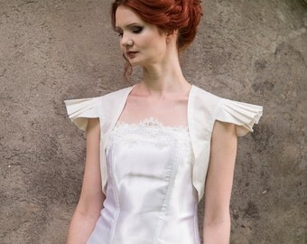Ivory bolero, Ivory wings bolero, cap sleeve bolero, bridesmaids bolero, wedding bolero, Ivory bridal shrug, ivory bridesmaids jacket