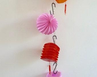 20 x Originell Quandt Vintage Oriental Paper Tasseled Lanterns, Vibrant Pink, Orange & Red Party Lanterns, Paper Party Lanterns With Tassels
