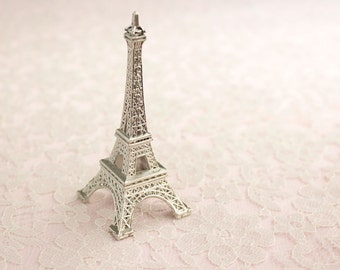 La Tour Eiffel Cake Topper / Silver Metal Eiffel Tower / Small 3.5 Inch Size / Wedding Cake Decoration / Bridal / Party Supplies / French