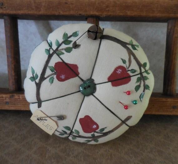 Kitchen Folk Art: Items Similar To Primitive Handpainted Apple Pin Keep Folk