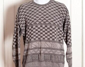 Vintage Men's 80s 90s Sweater - lightweight - grey fun design
