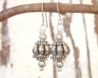 Sterling Silver Dangle Earrings. Bali Sterling Silver Drop Earrings. Bali Jewelry. Sterling Silver Jewelry. Bali Sterling Silver Jewelry
